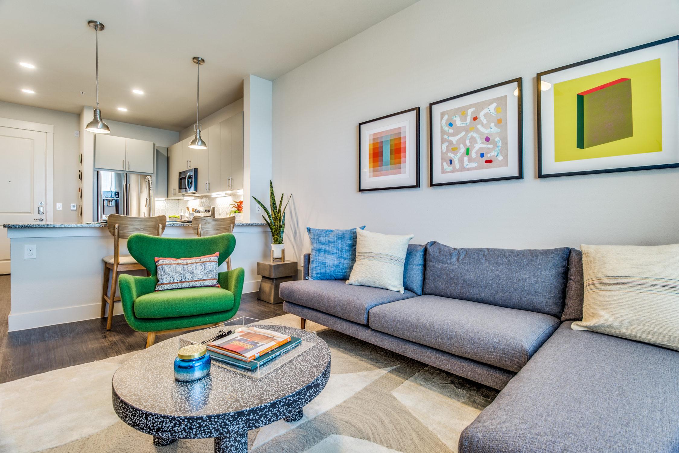 Alexan Legacy Central - Apartment Locators Plano
